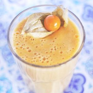 Bananen-Mandarinen-Smoothie mit Ingwer-Shot | WW, vegan