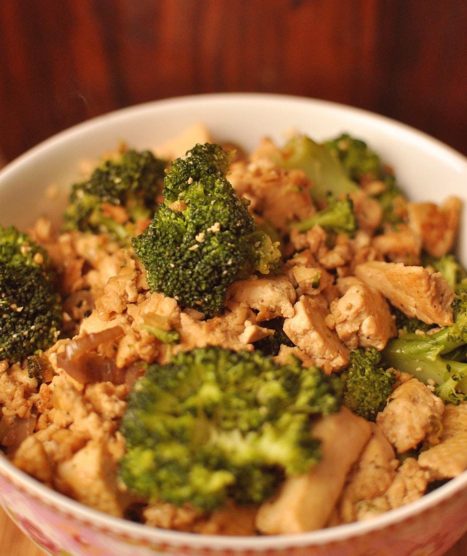 Comfort Food: Miso Tofu & Broccoli Schale | Schwatz Katz