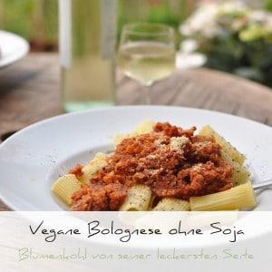 VeganVegane Bolognese ohne Soja über Pasta | Schwatz Katze Bolognese ohne Soja über Pasta | Schwatz Katz