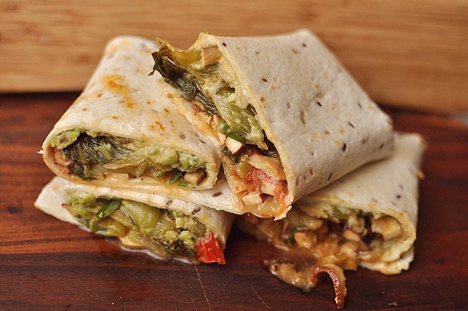 Vegan Pak Choi Tofu Wrap mit Avocadocreme | Schwatz Katz