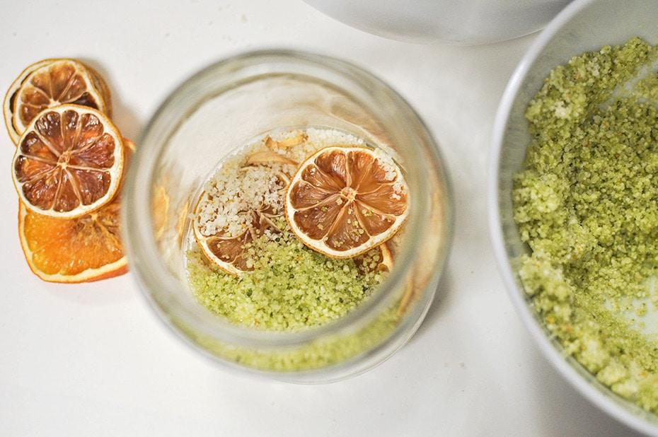 Orange Blossom Badesalz mit getrockneten Früchten | Schwatz Katz