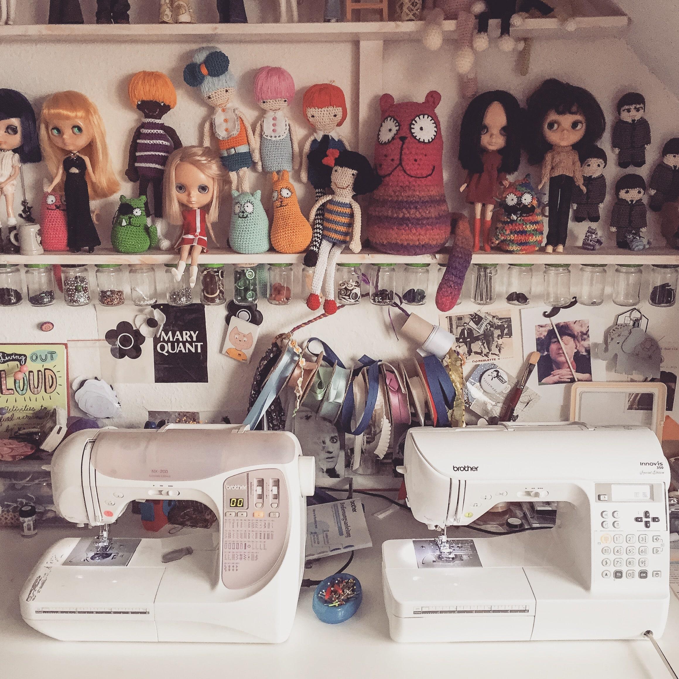 Nähmaschinenalarm bei Schwatz Katz