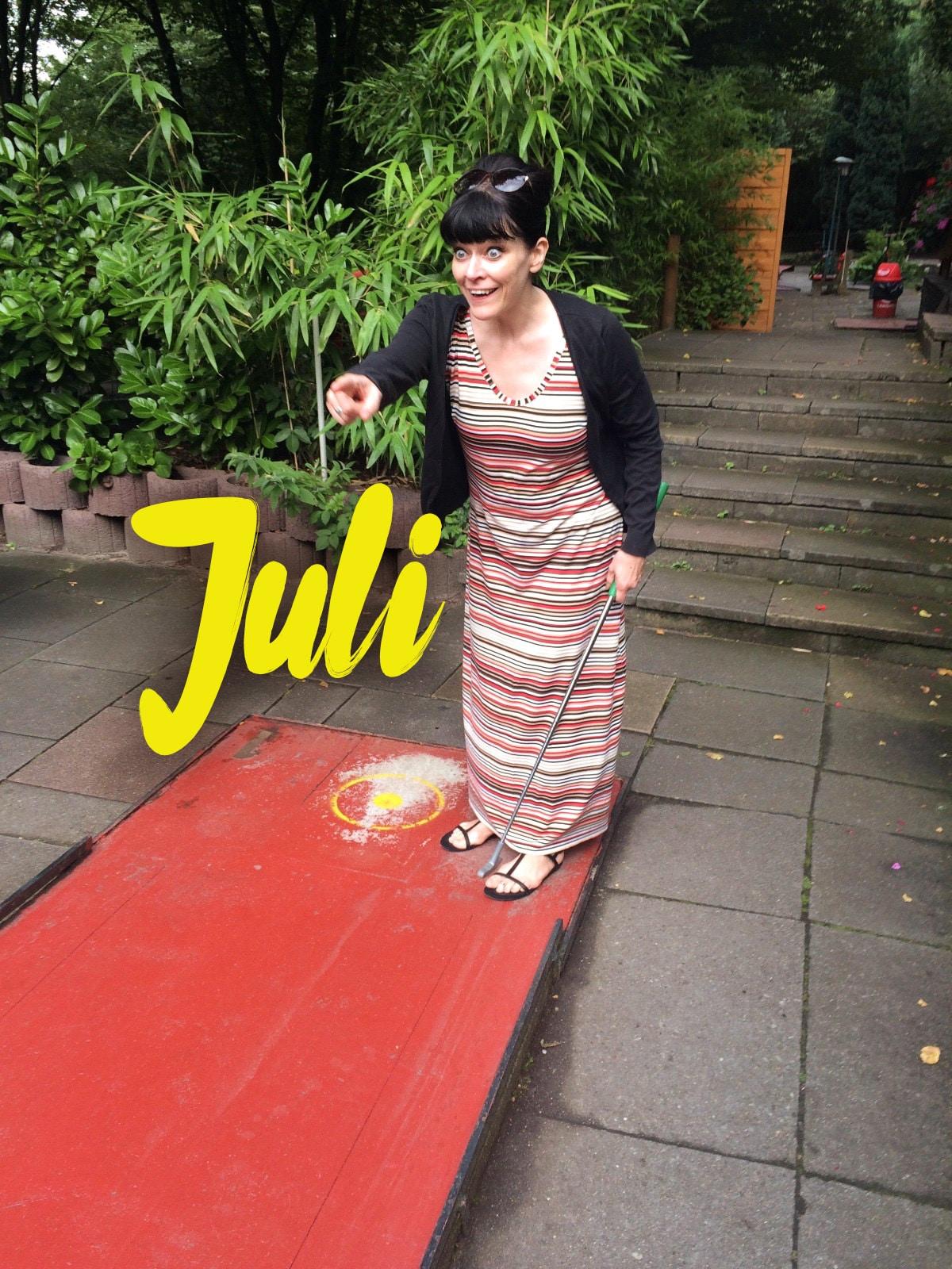 Der Juli bei der Katz im Zeichen des Spagat | Schwatz Katz