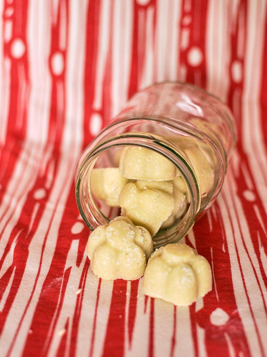 Weiße Schokolade Peelingpralinen | Schwatz Katz