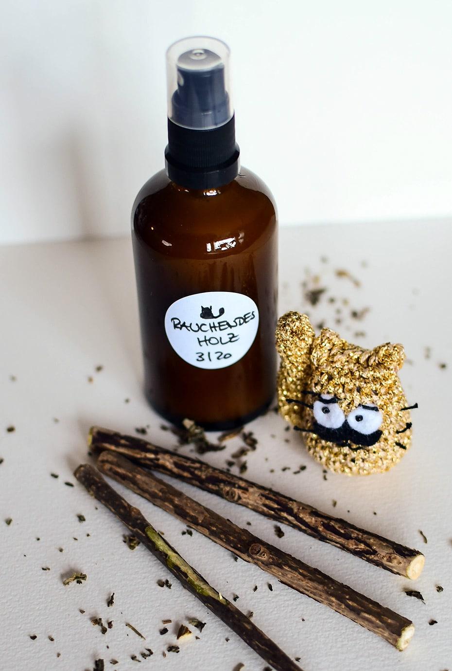 Deo für Männer »Rauchendes Holz« | Schwatz Katz