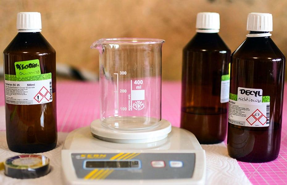 »Sauberkatz« Tensidmischung für Körperpflegeprodukte | Schwatz Katz