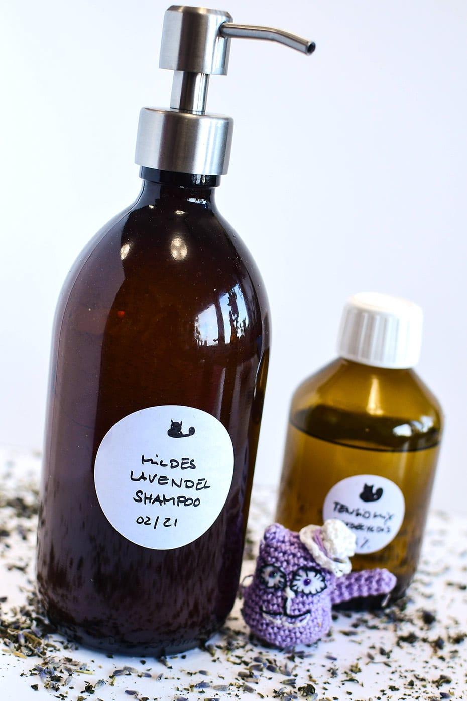 Einfaches Haarshampoo selbermachen | Schwatz Katz